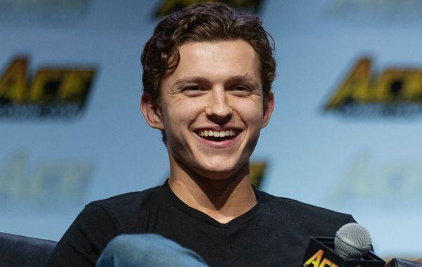 Nhện chưa hết nhọ: Phim Uncharted của Tom Holland đóng vai chính tiếp tục đổi đạo diễn lần thứ 3! - Hình 5