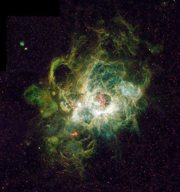 Những thiên hà lạ lùng nhất trong vũ trụ - Hình 14
