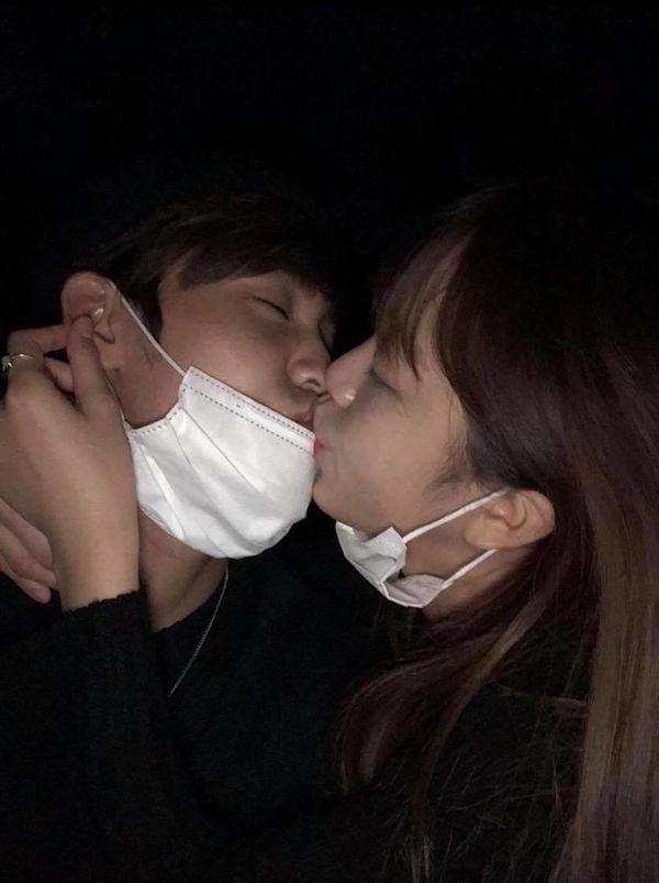 Song Yuvin của Produce X 101 và Kim Sohee (I.B.I) lộ ảnh khóa môi, còn đi du lịch Thụy Điển cùng nhau - Hình 1
