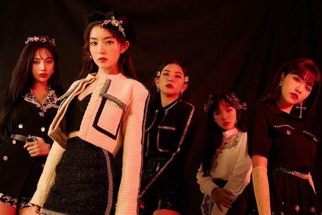 BlackPink mặc đồ đắt nhất Hàn Quốc, giá tr�� lên tới 1,9 tỷ đồng - Hình 11