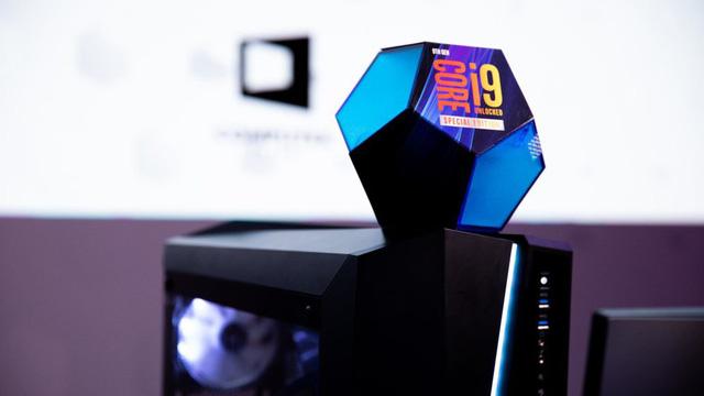 Cú cà khịa cực mạnh từ Intel: CPU thế hệ 9 của họ mạnh hơn Ryzen 3000 trong mọi tác vụ thực tế - Hình 13