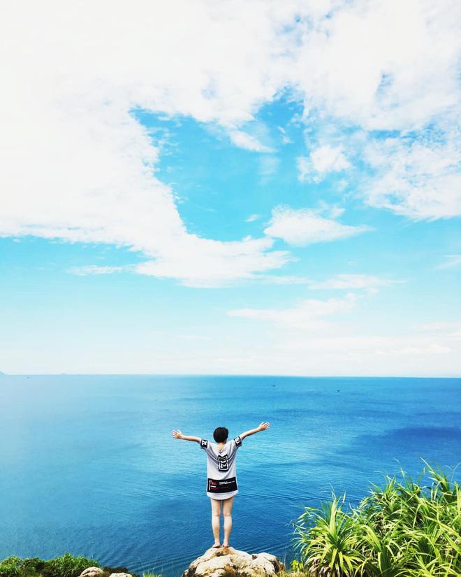Đà Nẵng xuất hiện hồ bơi giữa biển đẹp y hệt nước ngoài, dân tình xôn xao: Lại sắp bị phá tan tành cho xem! - Hình 29