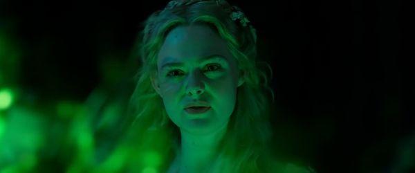 Disney giới thiệu tạo hình Cruella của Emma Stone cùng trích đoạn phim Maleficent 2 - Hình 8