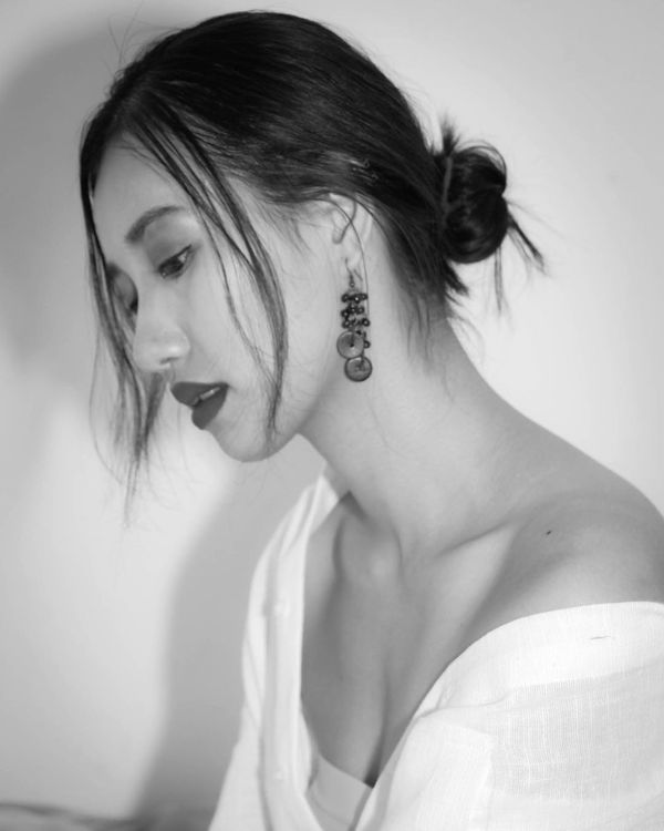 Lộ diện Hoa hậu Hoàn vũ Lào 2019: Xinh rụng rời lại cao 1m76, thần thái chẳng thua kém Hoàng Thùy - Hình 9