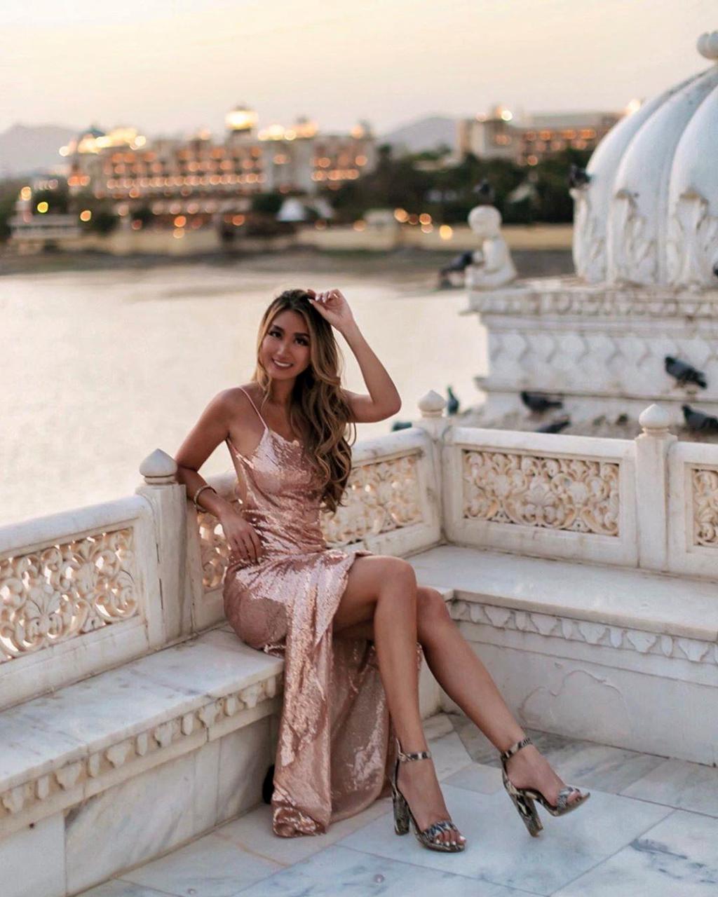Sống như nữ hoàng tại những khách sạn lâu đài đẹp nhất thế giới - Hình 7