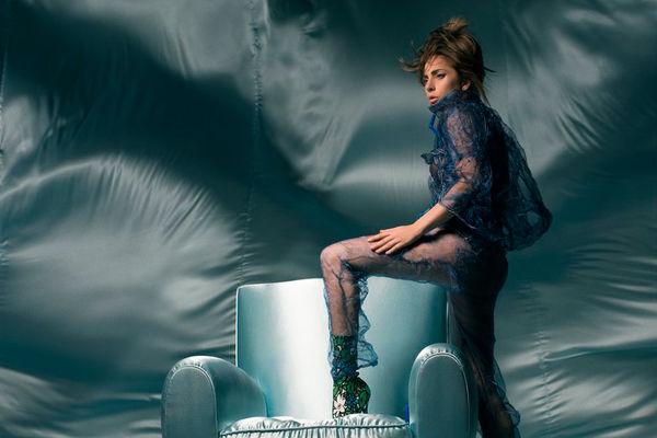 Tháng 9 này: Làng nhạc US-UK đón chào 'bão lớn' từ Lady Gaga - Hình 1