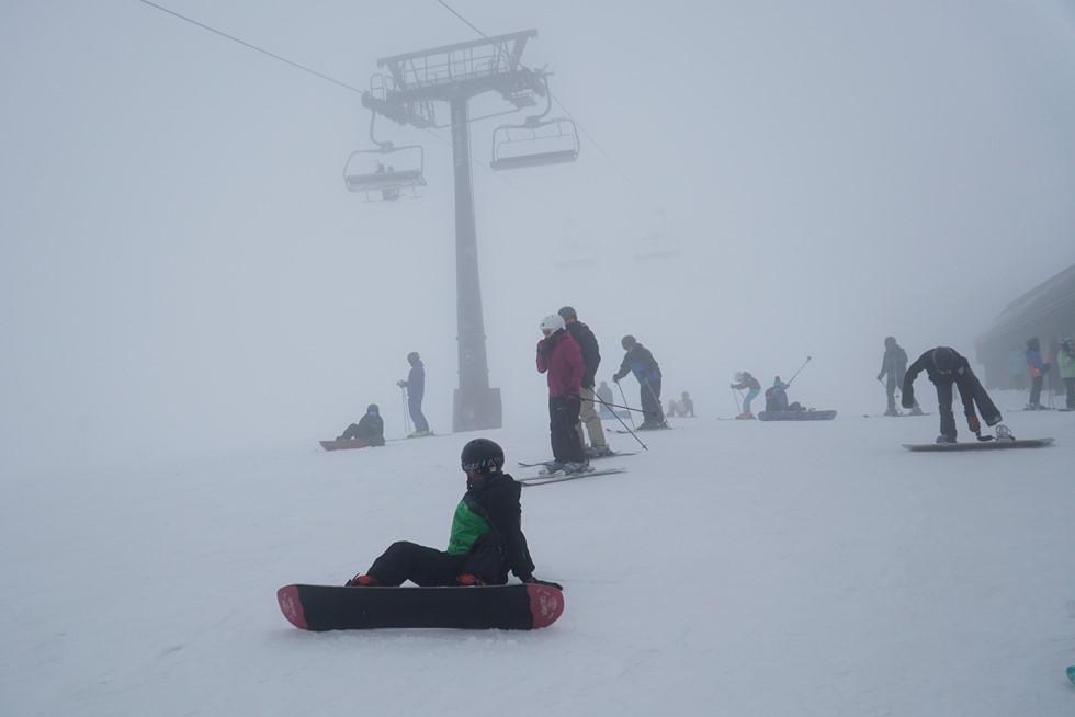 Thu này bạn thử dẫn con đến Úc trượt tuyết: Cực kỳ thú vị - Hình 11
