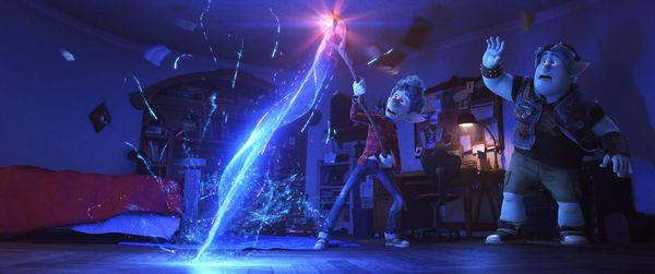 Tom Holland xuất hiện tại D23 Expo giữa tâm bão Sony / Disney nghỉ chơi và hô to I Love You 3000 - Hình 3
