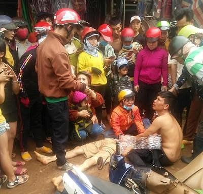 Đắk Nông: Gây tai nạn rồi vu vạ cho CSGT, hàng trăm người kéo đến hiện trường - Hình 1