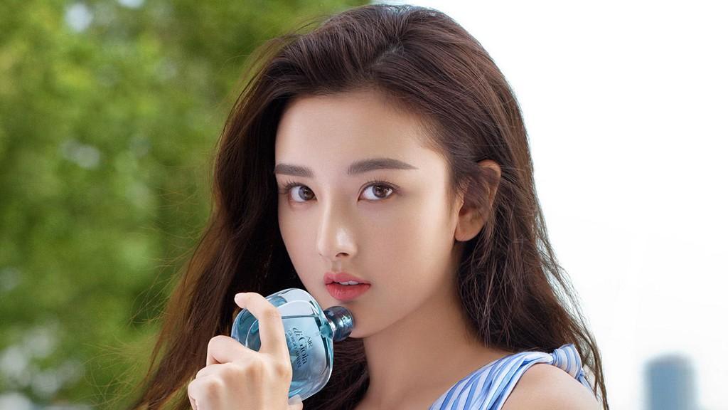 Mỹ nam Phù Dao Hoàng Hậu Nguyễn Kinh Thiên bị chộp cảnh hẹn hò gái trẻ kém 16 tuổi giữa đêm khuya - Hình 5