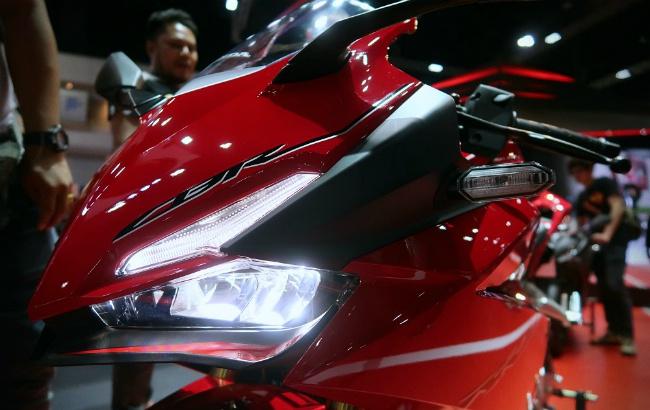 Ngắm 2019 Honda CBR250RR cực chất, phái mạnh muốn xuống tiền tậu ngay - Hình 10
