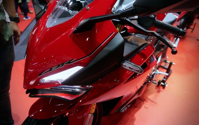 Ngắm 2019 Honda CBR250RR cực chất, phái mạnh muốn xuống tiền tậu ngay - Hình 12