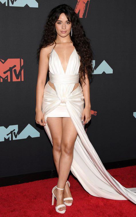 Ngắm nhìn thời trang thảm đỏ sành điệu tại MTV VMAs 2019 - Hình 21