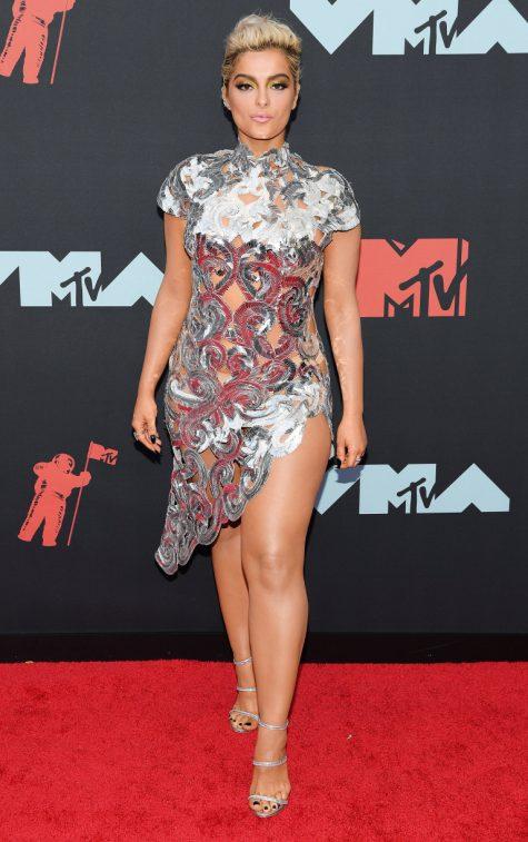 Ngắm nhìn thời trang thảm đỏ sành điệu tại MTV VMAs 2019 - Hình 27