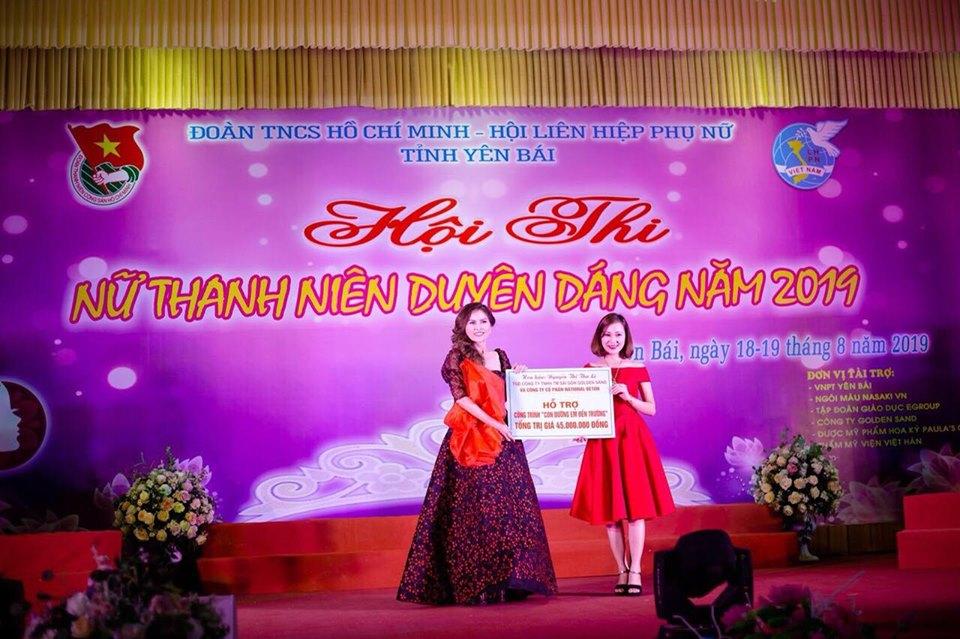 Hoa hậu Nguyễn Thị Thu Lệ quyên góp quỹ từ thiện Đường đến trường cho học sinh Mù Cang Chải - Hình 3