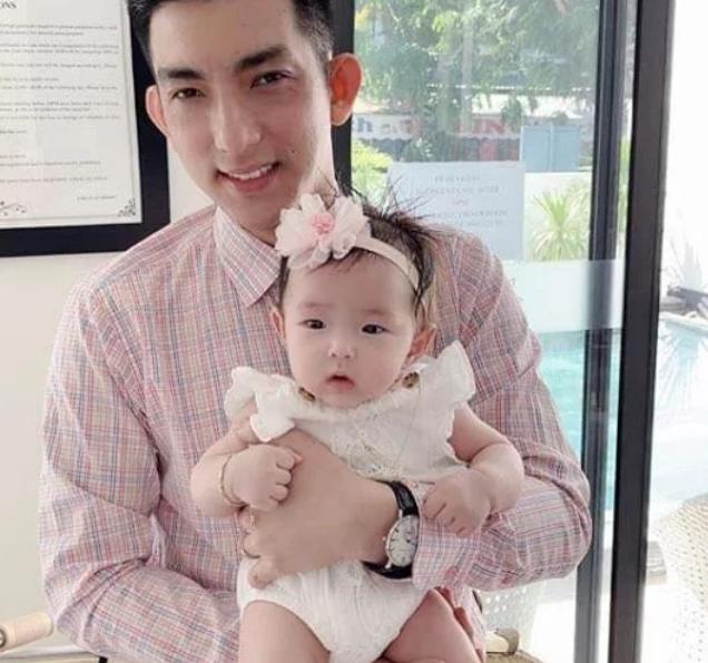 Chồng cũ Phi Thanh Vân và bà xã Việt kiều hơn tuổi lại sắp có quý tử tốc độ sản xuất chóng mặt - Hình 9