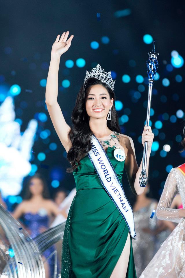 Gia thế tân Hoa hậu Lương Thùy Linh: Bố sĩ quan Quân Đội, mẹ Giám đốc Kho bạc Nhà nước tỉnh Cao Bằng - Hình 2