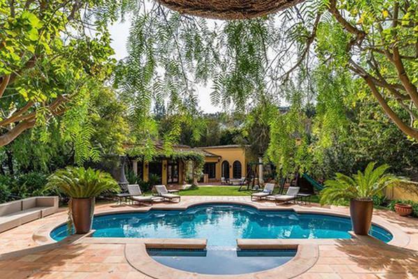 Bên trong biệt thự cổ điển 8,55 triệu USD của siêu mẫu Kendall Jenner - Hình 13
