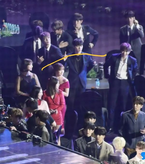 1001 khoảnh khắc: Kang Daniel và Jihyo (Twice) đã crush nhau từ lâu mà chúng ta không hề nhận ra? - Hình 4