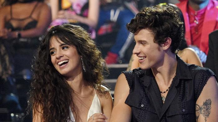 Billboard Hot 100 tuần này: Taylor Swift đến và đi nhanh như một... cơn gió, Lizzo có tuần thứ 2 liên tiếp đứng đầu BXH - Hình 4