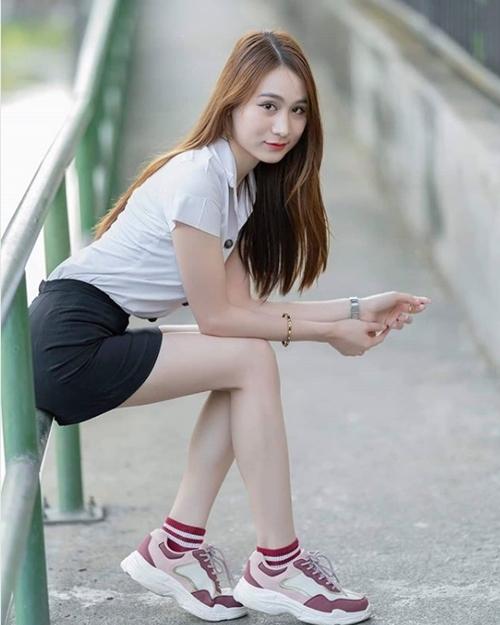 Đồng phục của nữ sinh Thái Lan: Váy ngắn siêu xinh, tôn dáng quyến rũ trưởng thành - Hình 11