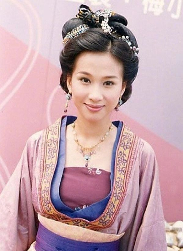 Diễn viên TVB Văn Tụng Nhàn tuyên bố tái xuất sau 7 năm rời khỏi showbiz - Hình 8