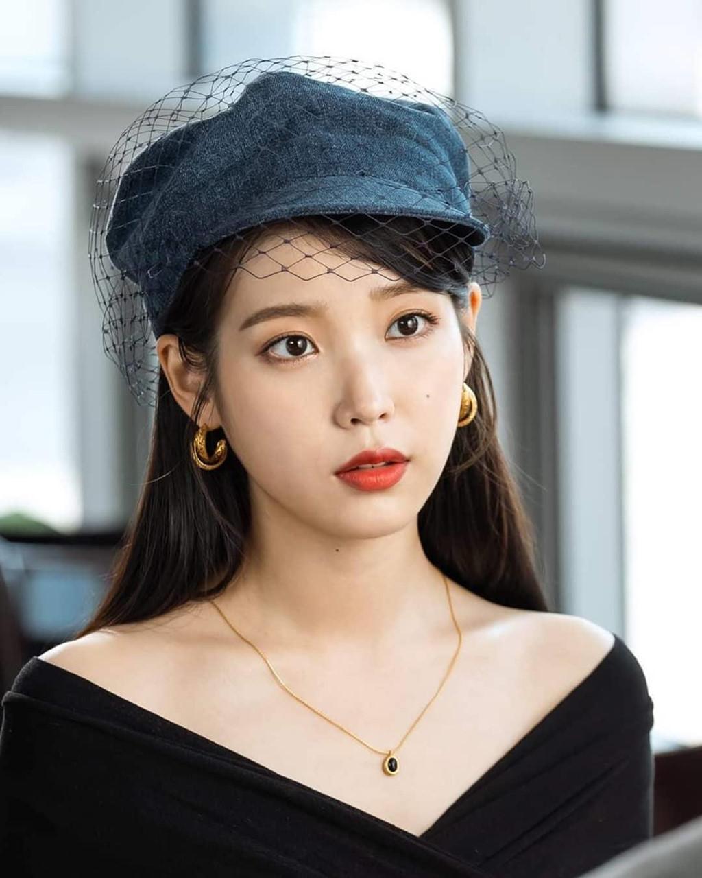 IU - 'Em gái quốc dân' của Hàn Quốc là ai? - Hình 11