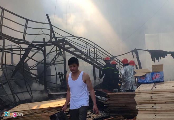 Làm cháy nhà xưởng, chủ thầu và thợ hàn phải đền 104 tỷ đồng - Hình 2