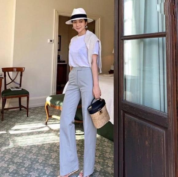 Phụ nữ tuổi 30 mặc gì để khí chất hơn người? - Hình 27