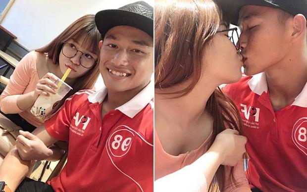 Thủ môn U22 Việt Nam vừa về đến Nội Bài sau trận thắng Trung Quốc đã đánh lẻ, đi riêng với cô gái lạ ngay trước mắt đồng đội - Hình 10