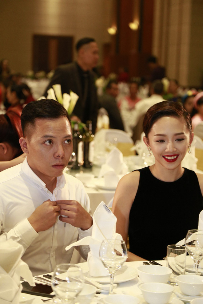 Tóc Tiên và Hoàng Touliver chính thức xác nhận hẹn hò sau 4 năm yêu: Hành trình kín tiếng nhưng đầy khoảnh khắc ngọt ngào! - Hình 13
