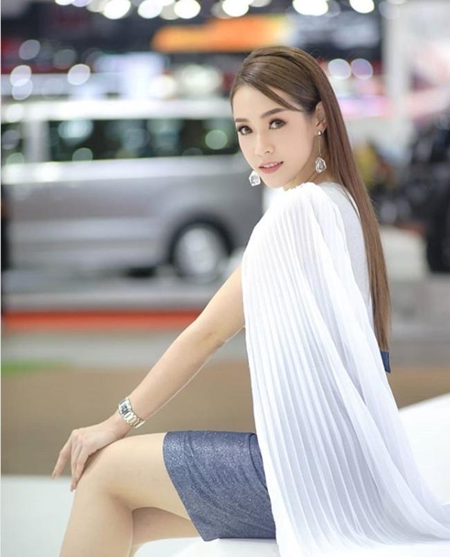 Tốn kém như người đẹp Thái triệu fan: Đắm trong sữa mỗi ngày để da tựa bông bưởi - Hình 15