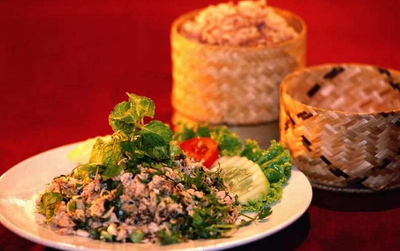 Những món ăn ngon, rẻ nhất Đông Nam Á du khách không thể bỏ qua - Hình 6