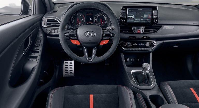 Hé lộ những chi tiết đầu tiên về đàn anh của Hyundai i10 - Hình 2