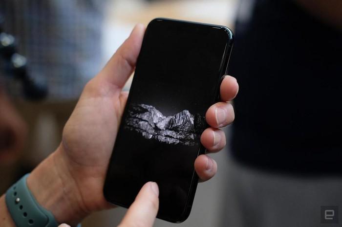 Ảnh chi tiết iPhone 11 Pro, Pro Max giá lên đến 1.449 USD - Hình 8