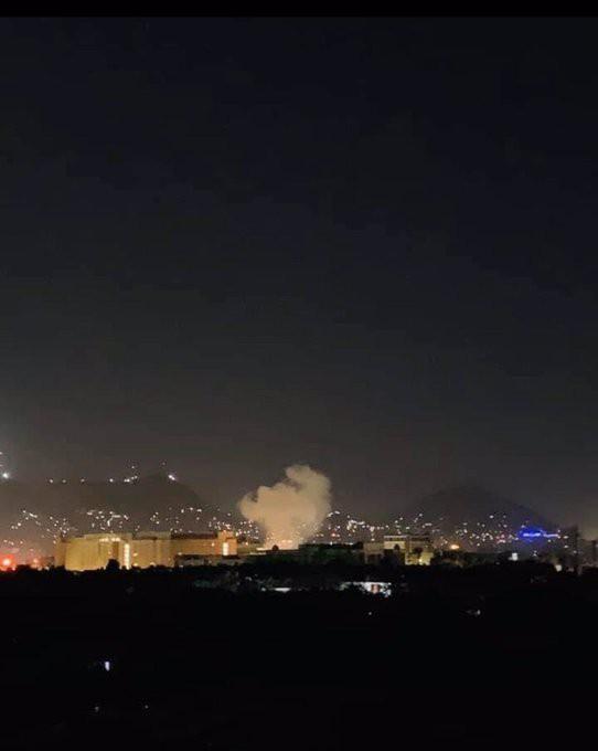 Ảnh Đại sứ quán Mỹ tại Afghanistan rúng động vì bom đúng ngày lịch sử 11/9 - Hình 2