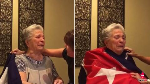 Bà nội chơi LMHT với cháu cho vui, nào ngờ bị đồng đội mắng đến phát khóc - Hình 2