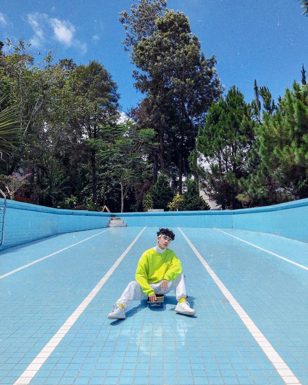 Bể bơi không nước - góc check-in mới hút giới trẻ đến Đà Lạt - Hình 4
