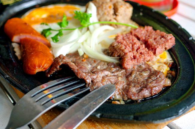 Cách làm bò bít tết kiểu Việt Nam ngon tuyệt - Hình 1