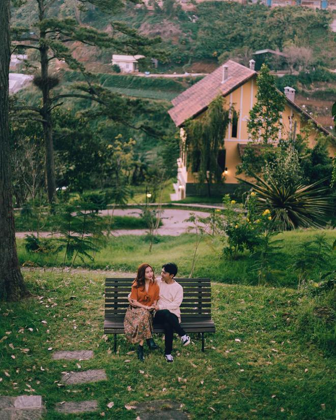 Cặp đôi người Việt cùng nhau du lịch khắp thế giới, tới đâu cũng cho ra cả tá ảnh và video đẹp không thua gì phim điện ảnh - Hình 23