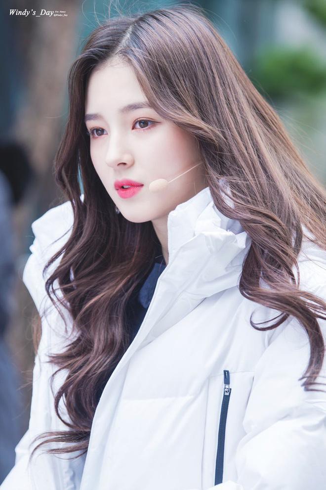 Góc nghiêng thần thánh của idol con lai Kpop: Nữ thần như Somi, Nancy có đọ được với Vernon, Samuel? - Hình 27