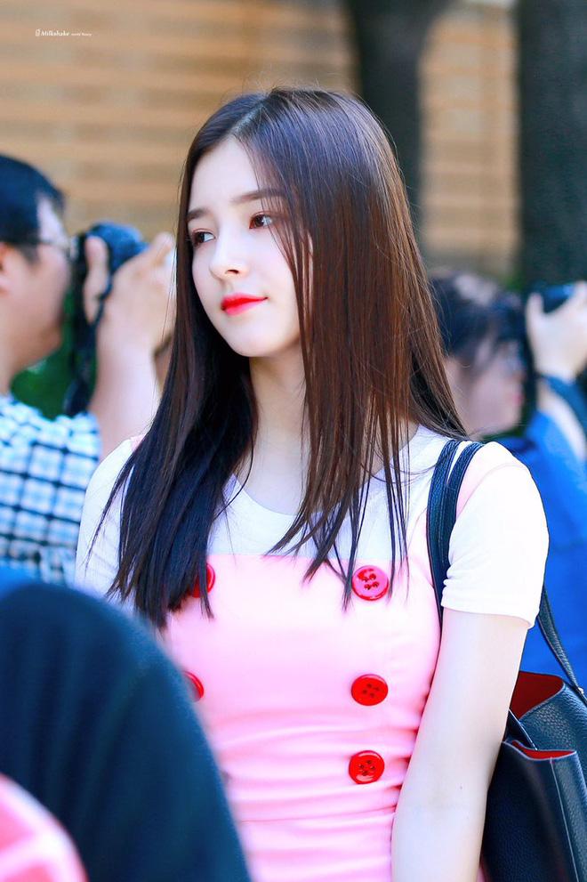 Góc nghiêng thần thánh của idol con lai Kpop: Nữ thần như Somi, Nancy có đọ được với Vernon, Samuel? - Hình 30