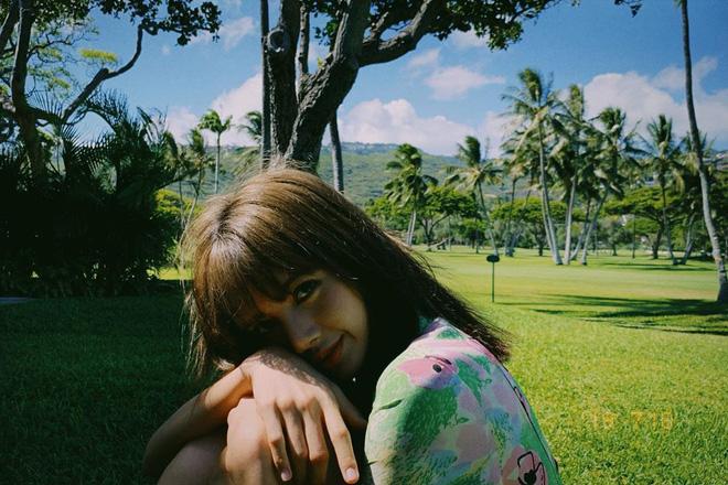 Loạt ảnh film đẹp điên đảo của BLACKPINK ở Hawaii là minh chứng rõ nhất cho việc ai cũng nên sắm một chiếc máy film khi đi du lịch - Hình 13