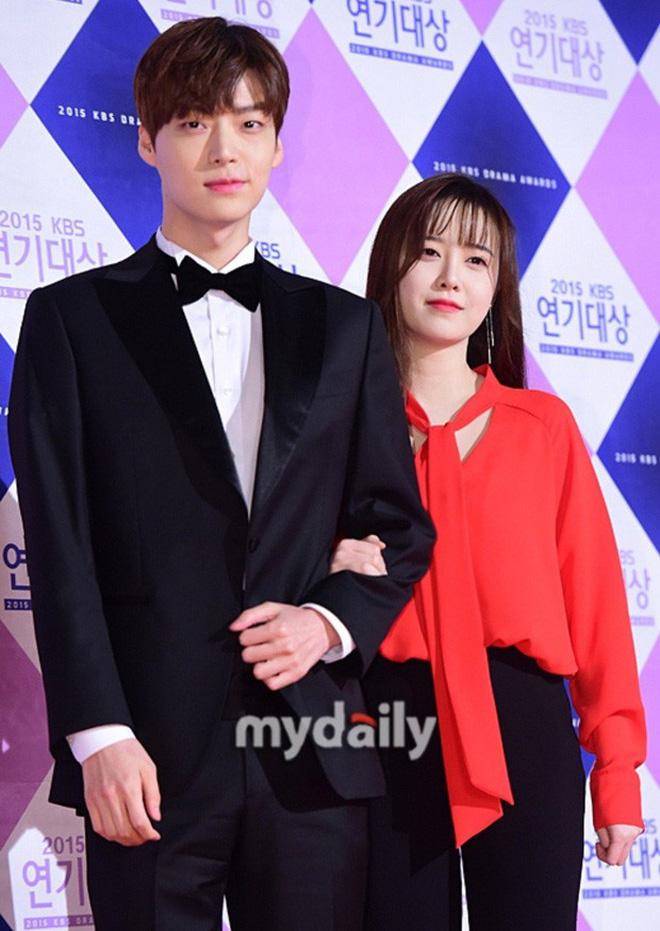 Mổ xẻ lại 12 quy tắc Ahn Jae Hyun phải làm khi sống với Goo Hye Sun: Quá bất thường, một chiều và thiếu tôn trọng - Hình 1