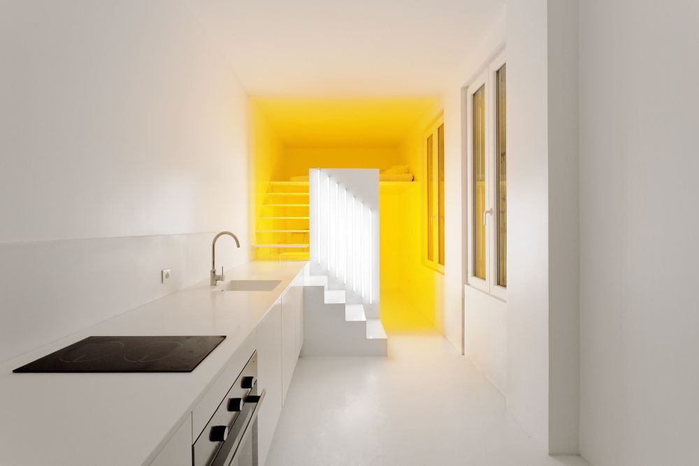 Nhà bếp nhỏ ở chung cư sẽ lột xác thoáng rộng trông thấy nhờ những ý tưởng siêu hay này - Hình 20