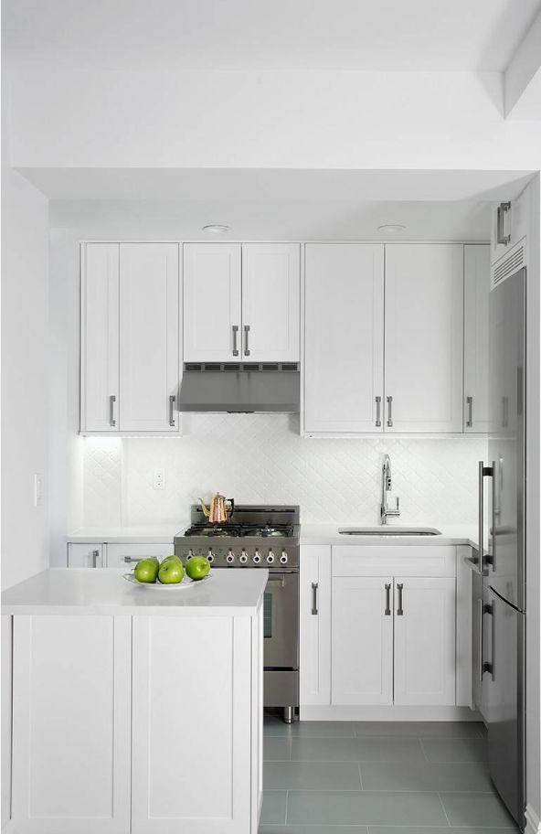 Nhà bếp nhỏ ở chung cư sẽ lột xác thoáng rộng trông thấy nhờ những ý tưởng siêu hay này - Hình 11