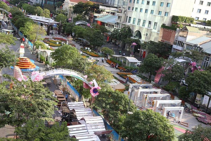 Những địa điểm ở Sài Gòn cả gia đình nên đến dịp Tết Trung thu - Hình 2