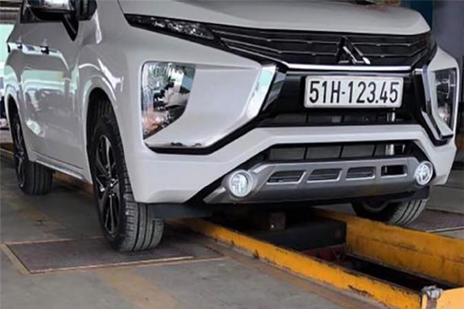 Mitsubishi Xpander biển 123.45 thét giá 1,7 tỷ ở Sài Gòn - Hình 3