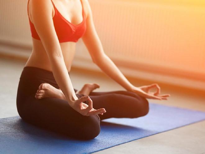 Phát hiện lợi ích mới bất ngờ từ tập yoga - Hình 1