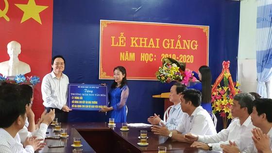 Quảng Bình: Khai giảng Bộ trưởng không đọc diễn văn - Hình 5